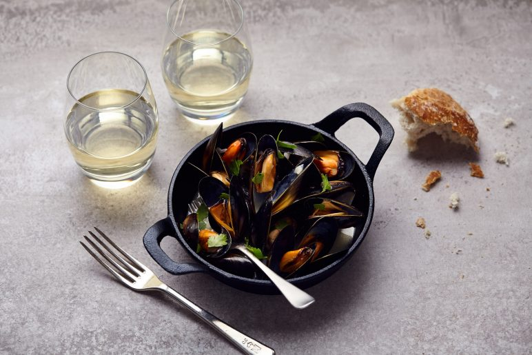 Atlantic Dry Mead with Mussels