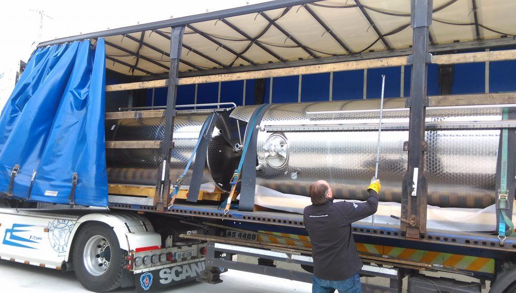 Tanks Arrive at Kinsale Meadery